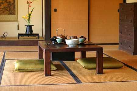 Como decorar con estilo oriental - Mesas para el sofa ...