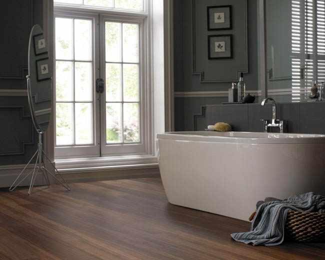 colocar suelo vinilico baño