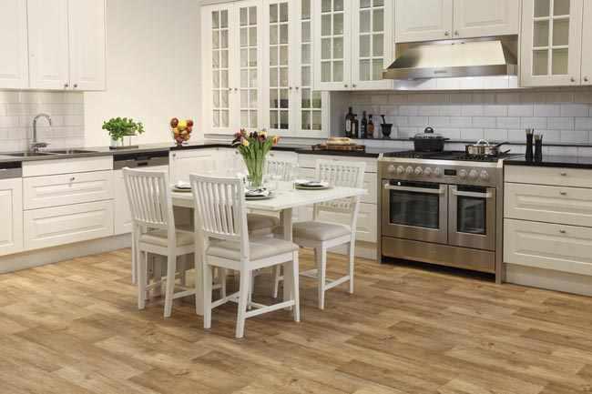Colocar suelo vinilo cocina