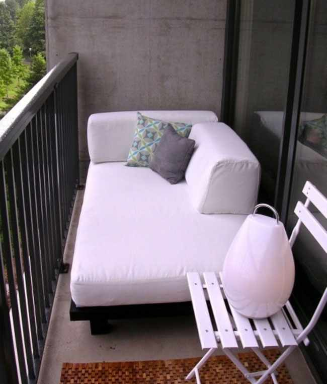 decorar balcon pequeño chill out