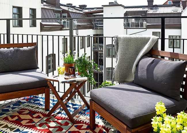 Como decorar un balcon peque o y aprovechar el espacio - Decorar balcon pequeno ...