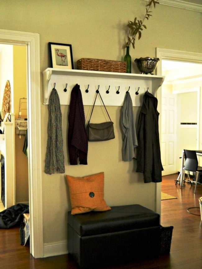 Ideas para decorar un recibidor for Mueble perchero recibidor