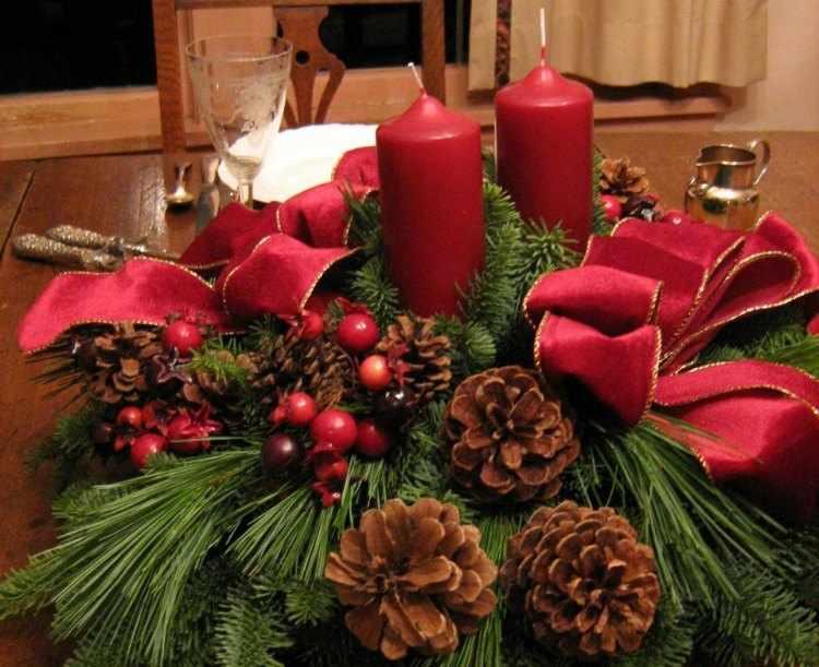 Centros de mesa para navidad for Arreglo para puertas de navidad