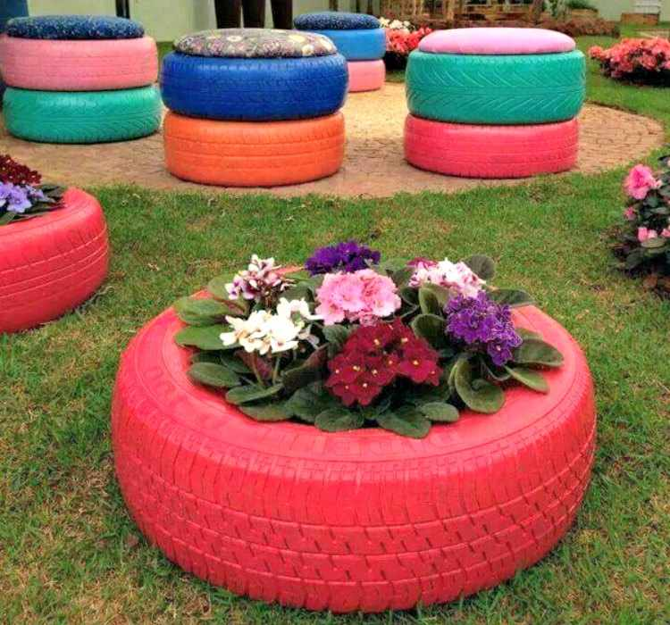 Decoracion con neumaticos usados y reciclados ideas for Adornos para plantas con llantas