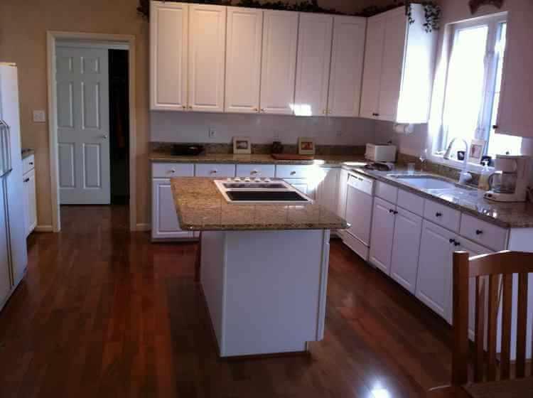 Cocinas modernas peque as dise o y decoracion for Diseno de interiores de cocinas pequenas modernas