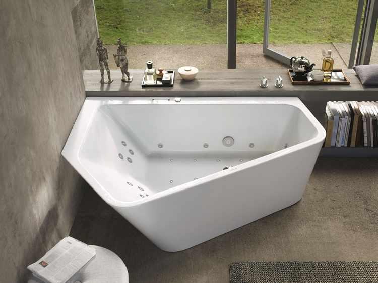Cuartos de baño con jacuzzi o bañera de hidromasaje ...