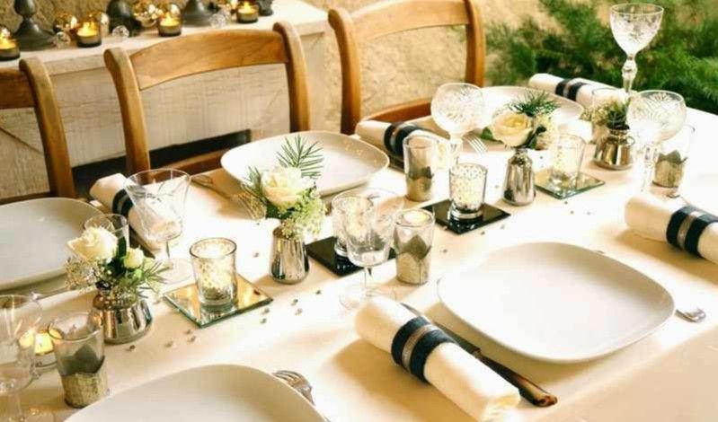 decoracion de mesas de navidad en dorado