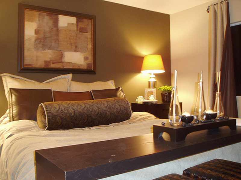 como decorar una habitacion pequeña para matrimonio