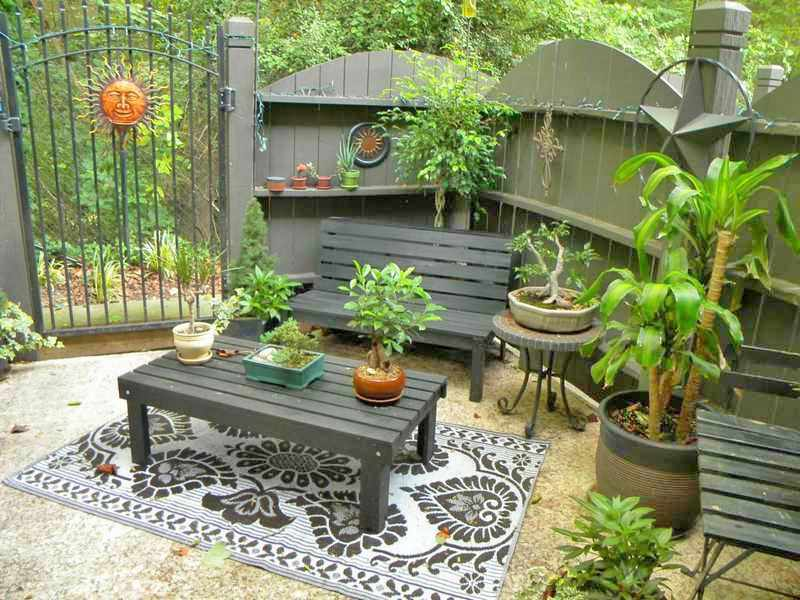 como decorar un patio pequeño con parrilla